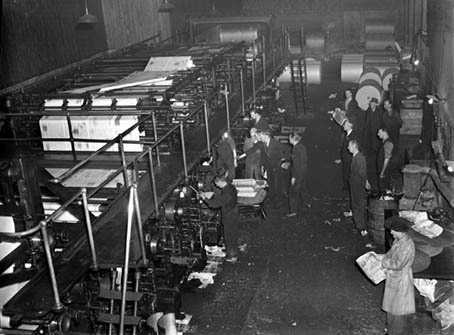 Printing the Holly Bough at the Cork Examiner in December 1949